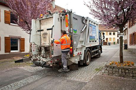 Collecte et traitement des déchets des ménages et assimilés